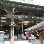 壺阪寺から岡寺まで歩く。